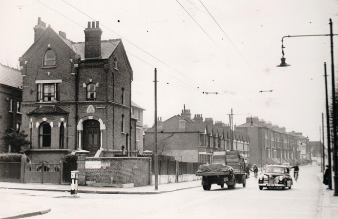 Horn Lane, Acton