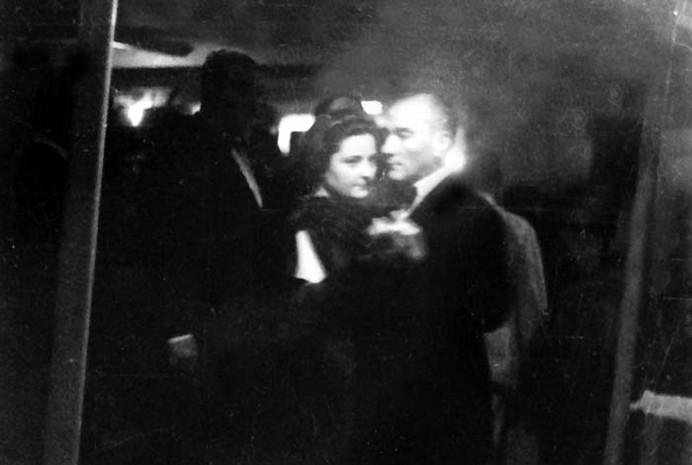 Dancing in 1930s - Ataturk