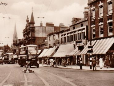 Ealing-Broadway. Lyon's is to the left of Barrett's.