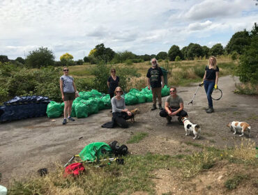 LAGER Can litter picking