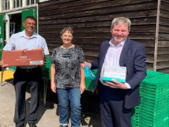 Greener Ealing delivers supplies to the foodbank